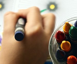 Impugnare male la penna provoca danni alla salute